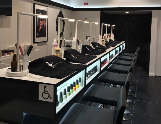 FRANCHISE LE BAR A ONGLES BY V