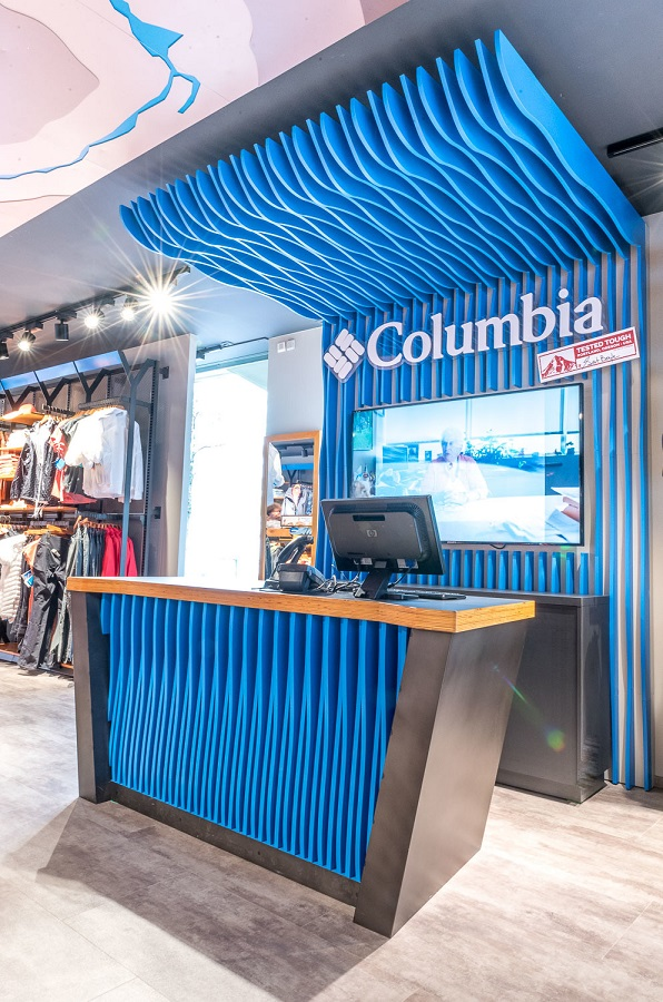 FRANCHISE COLUMBIA