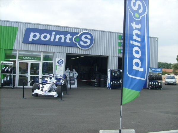 Franchise point s ouvrir une franchise garage centre auto for Garage point s oyonnax